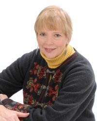 Cheryl Skjolaas Headshot