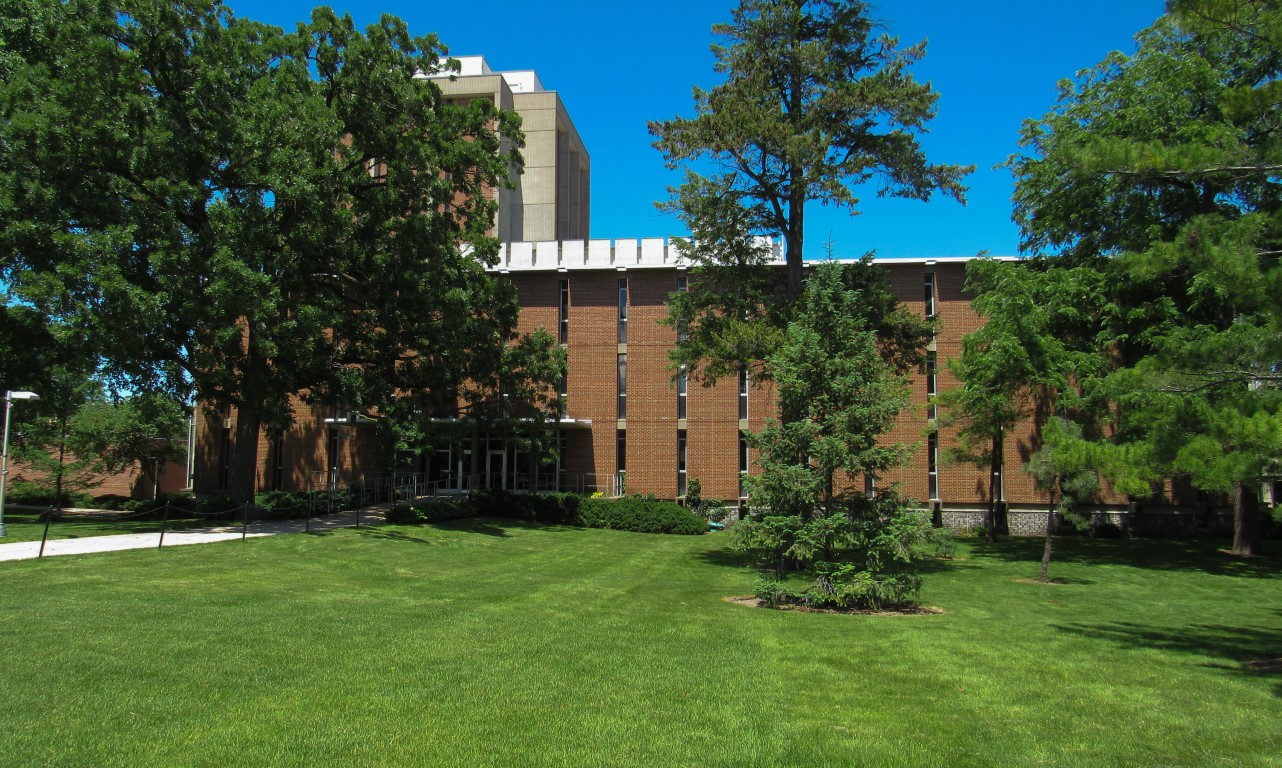 Photo of the Hanson Biomedical Sciences Building