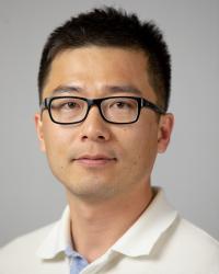 Yong Wang headshot